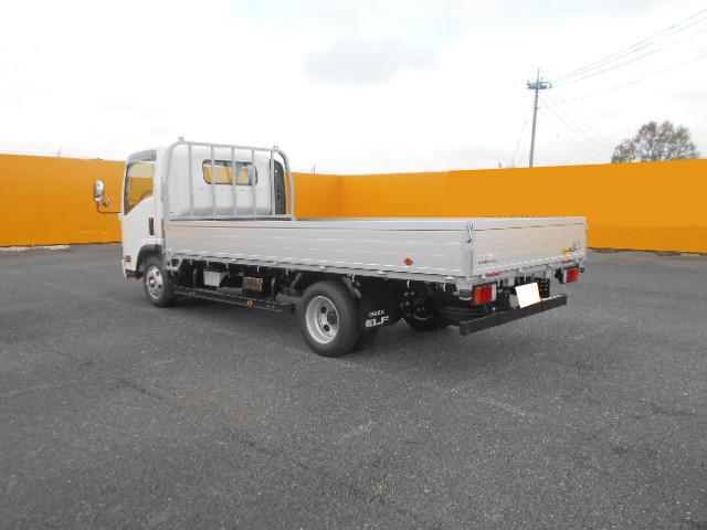 いすゞ エルフ 小型 平ボディ アルミブロック TRG-NPR85AR 型式 TRG-NPR85AR トラック 画像 栗山自動車掲載