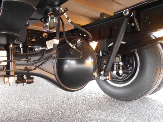 いすゞ エルフ 小型 平ボディ TRG-NPR85AR H30|車検  トラック 画像 キントラ掲載