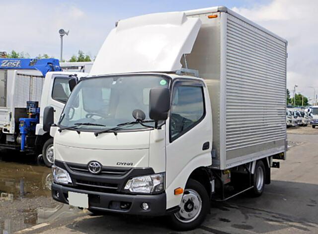 トヨタ ダイナ 小型 アルミバン センターローラー TKG-XZU605|トラック 左前画像 トラックバンク掲載