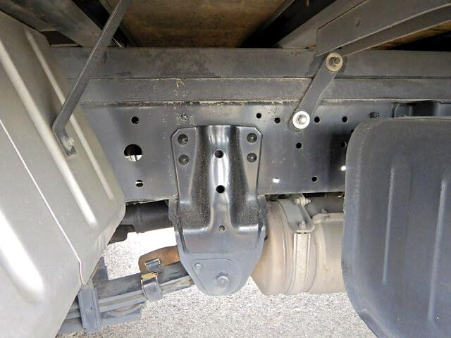 トヨタ ダイナ 小型 アルミバン センターローラー TKG-XZU605|架装  トラック 画像 トラックバンク掲載