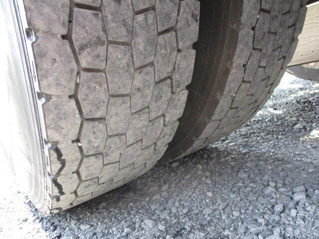 日野 プロフィア 大型 トラクタ ハイルーフ 1デフ|タイヤ トラック 画像 トラック市掲載