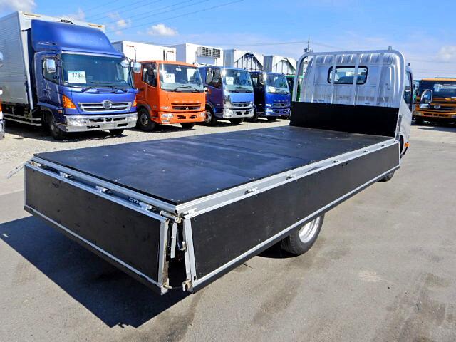 トヨタ ダイナ 小型 平ボディ TKG-XZU655 H26 トラック 背面・荷台画像 トラック市掲載