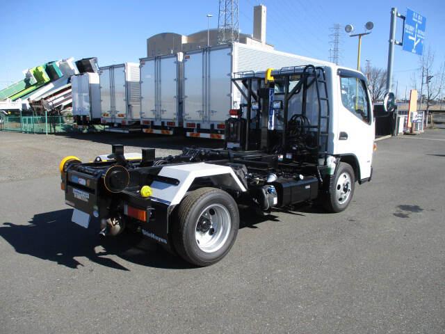 三菱 キャンター 小型 アームロール ツインホイスト TPG-FBA50|トラック 右後画像 リトラス掲載