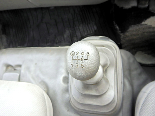 トヨタ トヨエース 小型 車輌重機運搬 ラジコン ウインチ|型式 BDG-XZU434 トラック 画像 栗山自動車掲載