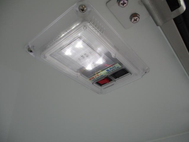 三菱 ミニキャブ 軽 冷凍冷蔵 中温 サイドドア 画像6