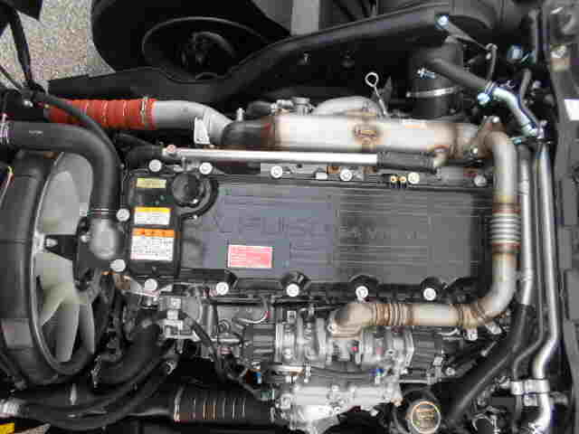 三菱 ファイター 中型 ウイング エアサス ベッド|年式 H31/R1 トラック 画像 トラックサミット掲載