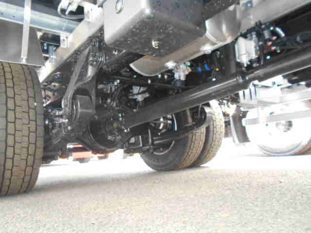 三菱 ファイター 中型 ウイング エアサス ベッド|シフト MT6 トラック 画像 ステアリンク掲載