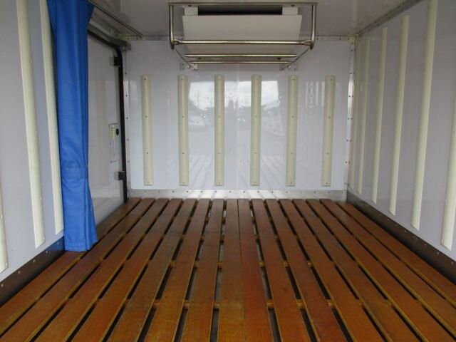 日産 アトラス 小型 冷凍冷蔵 低温 サイドドア|トラック 背面・荷台画像 トラック市掲載