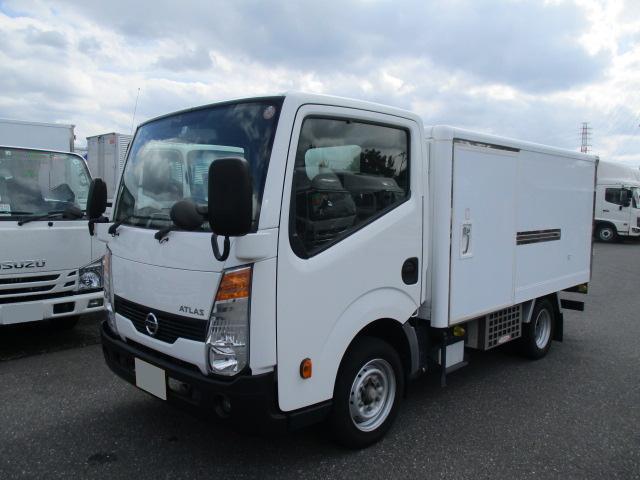 日産 アトラス 小型 冷凍冷蔵 低温 サイドドア|トラック 左前画像 トラックバンク掲載