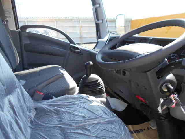 いすゞ エルフ 小型 平ボディ TRG-NMR85AR H30 走行距離 - トラック 画像 トラックランド掲載