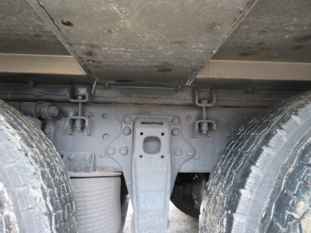 三菱 スーパーグレート 大型 平ボディ アルミブロック エアサス|積載 13.6t トラック 画像 ステアリンク掲載