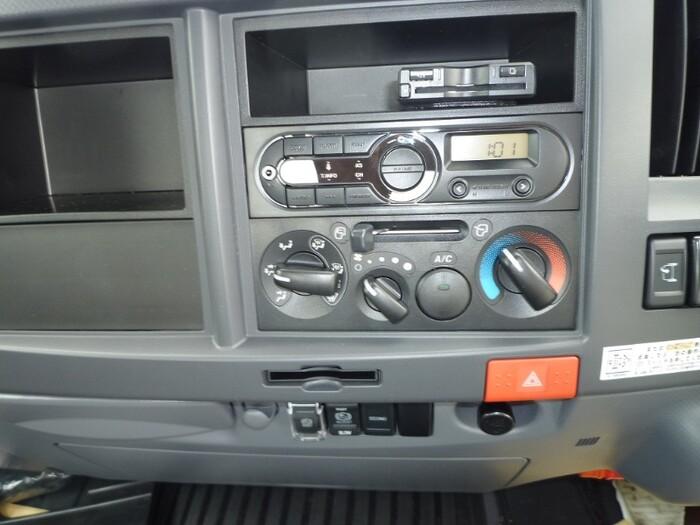 いすゞ エルフ 小型 平ボディ TRG-NPR85AR H30|積載 2t トラック 画像 ステアリンク掲載