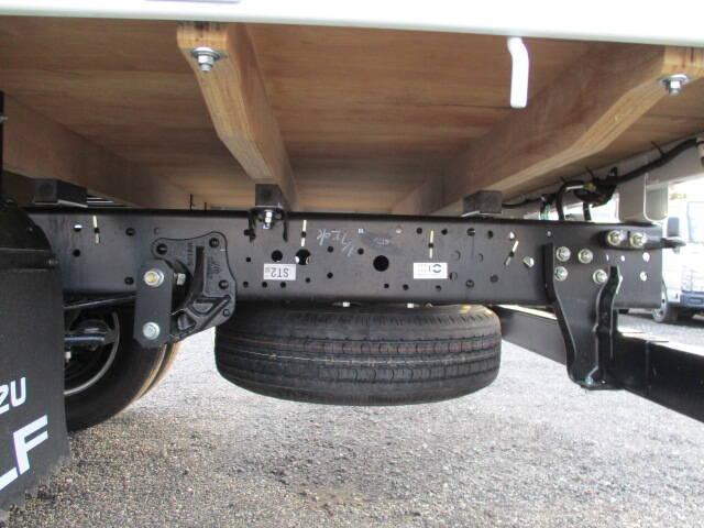 いすゞ エルフ 小型 平ボディ TRG-NPR85AR H31/R1|年式 H31/R1 トラック 画像 トラックサミット掲載