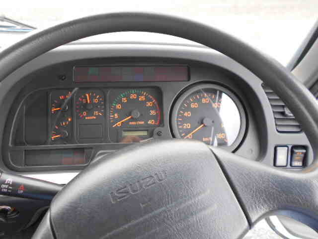 いすゞ フォワード 中型 平ボディ 床鉄板 ベッド 車検  トラック 画像 キントラ掲載