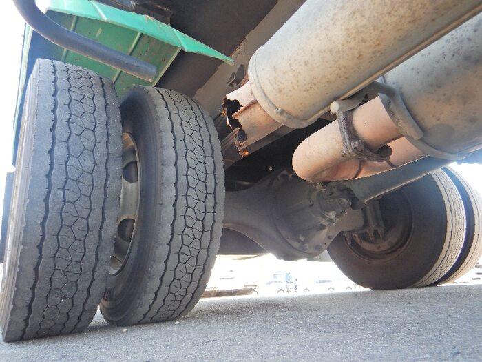 いすゞ フォワード 中型 パッカー車 プレス式 PB-FRR35D3S 型式 PB-FRR35D3S トラック 画像 栗山自動車掲載
