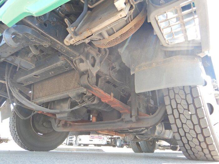 いすゞ フォワード 中型 パッカー車 プレス式 PB-FRR35D3S 荷台 床の状態 トラック 画像 トラックサミット掲載