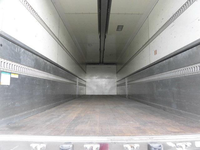 日産UD クオン 大型 ウイング エアサス ベッド|トラック 背面・荷台画像 トラック市掲載