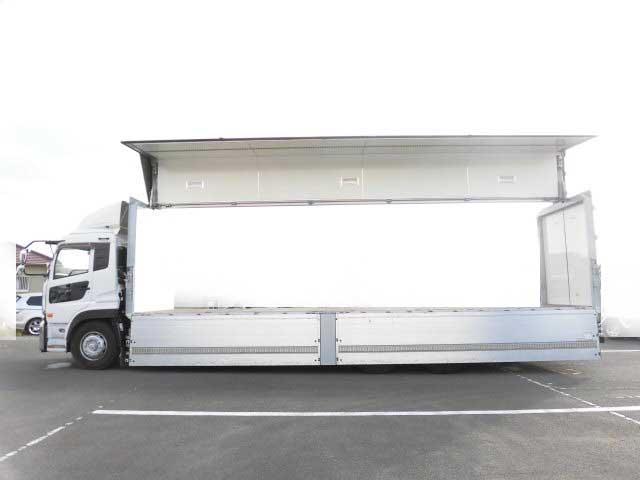 日産UD クオン 大型 ウイング エアサス ベッド|運転席 トラック 画像 トラック王国掲載