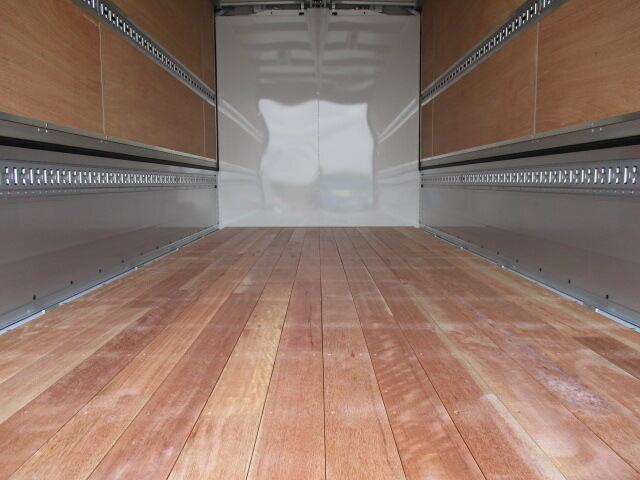 三菱 キャンター 小型 ウイング TPG-FEB80 H30|架装 パブコ トラック 画像 トラックバンク掲載