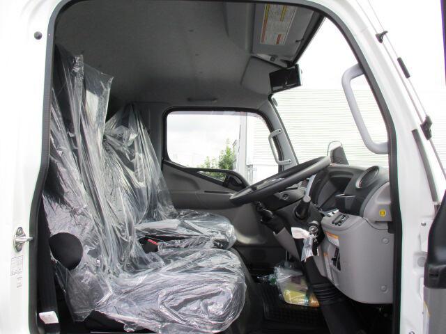 三菱 キャンター 小型 ウイング TPG-FEB80 H30|走行距離 - トラック 画像 トラックランド掲載