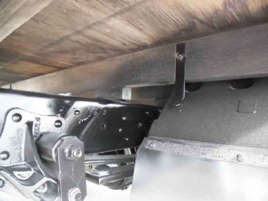 いすゞ エルフ 小型 平ボディ 床鉄板 BKG-NNR85AR|画像6