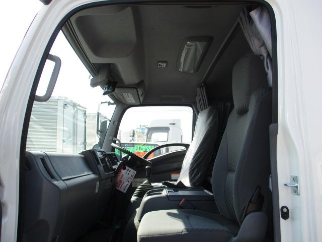いすゞ フォワード 中型 ウイング エアサス ベッド|シフト MT6 トラック 画像 ステアリンク掲載