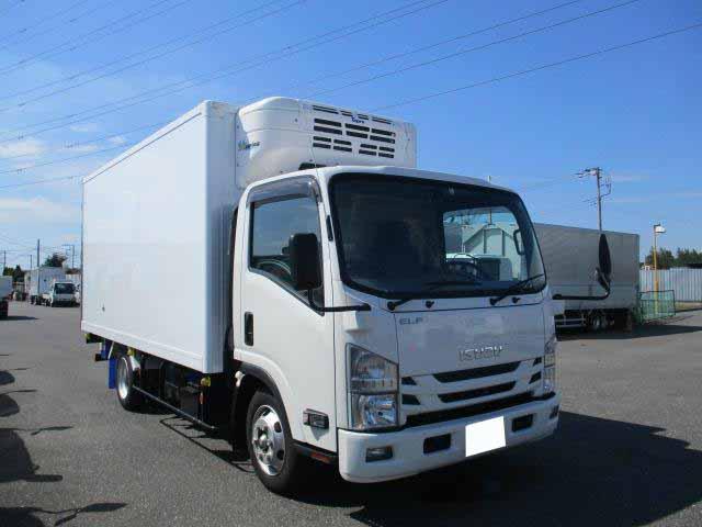 いすゞ エルフ 小型 冷凍冷蔵 低温 スタンバイ|駆動方式 4x2 トラック 画像 リトラス掲載