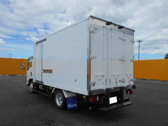 いすゞ エルフ 小型 冷凍冷蔵 低温 スタンバイ|積載 3t トラック 画像 ステアリンク掲載