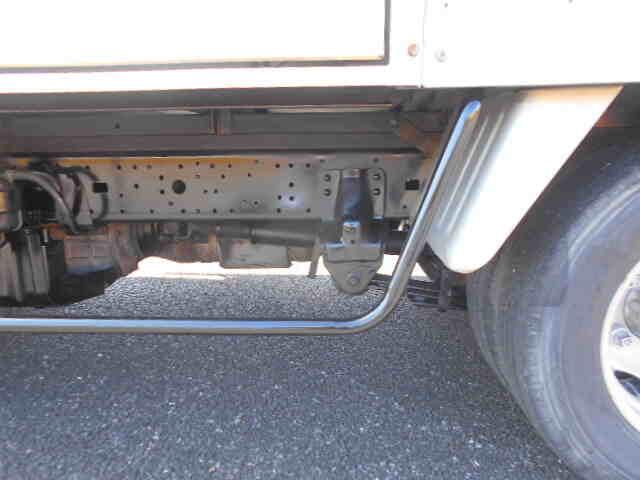 トヨタ ダイナ 小型 冷凍冷蔵 低温 スタンバイ|フロントガラス トラック 画像 トラック王国掲載