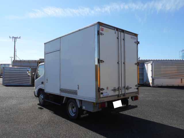トヨタ ダイナ 小型 冷凍冷蔵 低温 スタンバイ|積載 2t トラック 画像 ステアリンク掲載