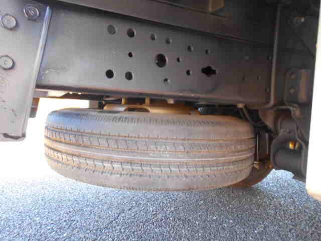 トヨタ ダイナ 小型 冷凍冷蔵 低温 スタンバイ|コーションプレート トラック 画像 リトラス掲載
