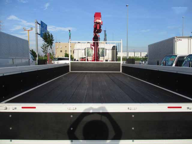 日野 レンジャー 中型 クレーン付 4段 ラジコン|トラック 背面・荷台画像 トラック市掲載