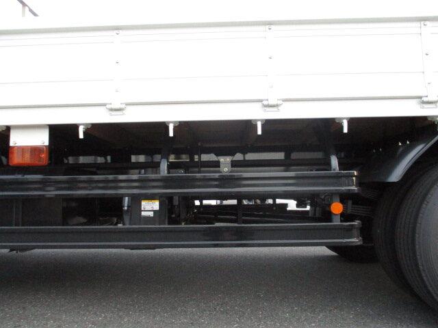 日野 レンジャー 中型 クレーン付 4段 ラジコン|エンジン トラック 画像 トラスキー掲載