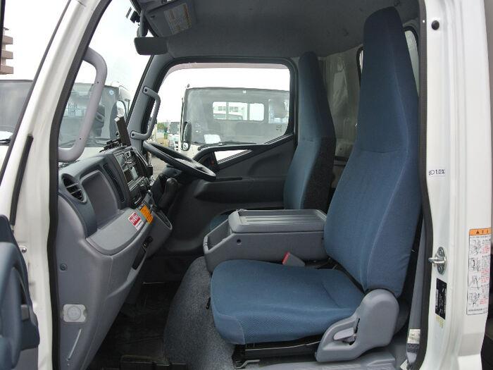 中古 冷凍冷蔵小型(2トン・3トン) 三菱キャンター トラック H26 TKG-FEA50