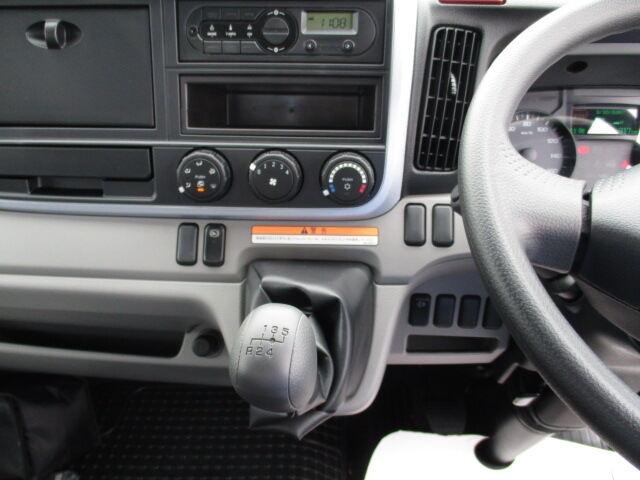 三菱 キャンター 小型 クレーン付 6段 ラジコン|走行距離 - トラック 画像 トラックランド掲載