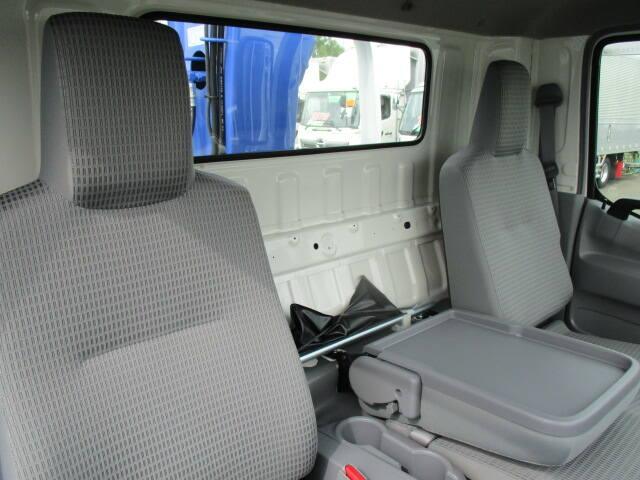 日野 デュトロ 小型 クレーン付 4段 ラジコン|積載 3t トラック 画像 ステアリンク掲載