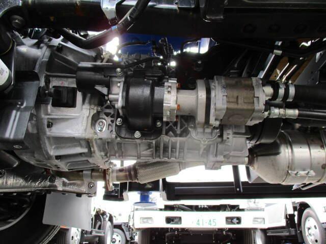 日野 デュトロ 小型 クレーン付 4段 ラジコン|シフト MT6 トラック 画像 ステアリンク掲載