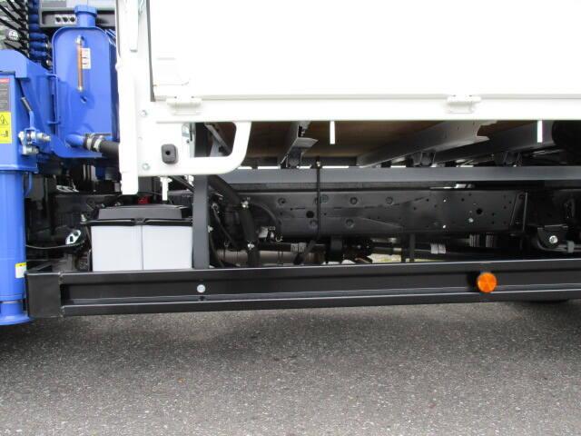 日野 デュトロ 小型 クレーン付 4段 ラジコン|タイヤ トラック 画像 トラック市掲載