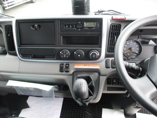 三菱 キャンター 小型 ウイング パワーゲート TPG-FEB80|駆動方式 4x2 トラック 画像 リトラス掲載