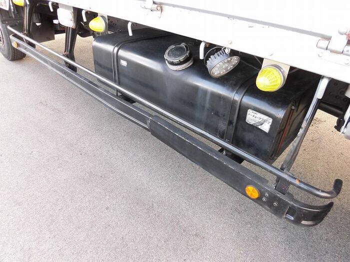 三菱 ファイター 中型 平ボディ 床鉄板 ベッド|車検  トラック 画像 キントラ掲載