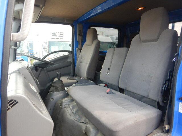 マツダ タイタン 小型 平ボディ Wキャブ パワーゲート|フロントガラス トラック 画像 トラック王国掲載