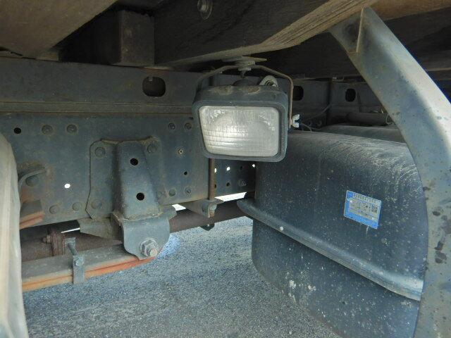 マツダ タイタン 小型 平ボディ Wキャブ パワーゲート|エンジン トラック 画像 トラスキー掲載