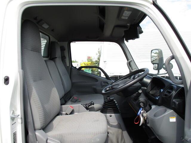日野 デュトロ 小型 冷凍冷蔵 低温 スタンバイ|車検 R2.3 トラック 画像 キントラ掲載