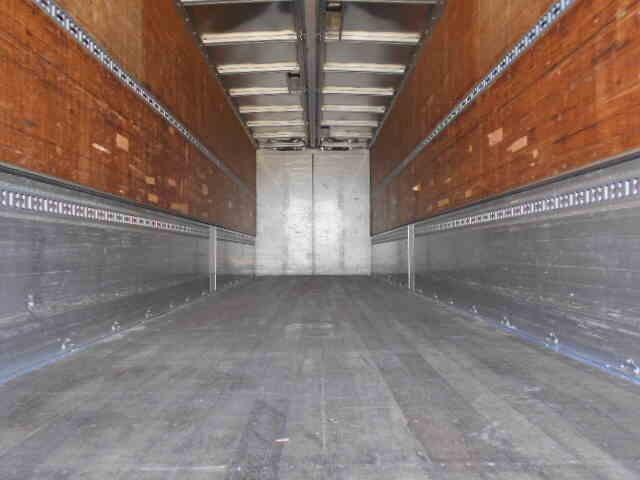 三菱 スーパーグレート 大型 ウイング エアサス ベッド|フロントガラス トラック 画像 トラック王国掲載