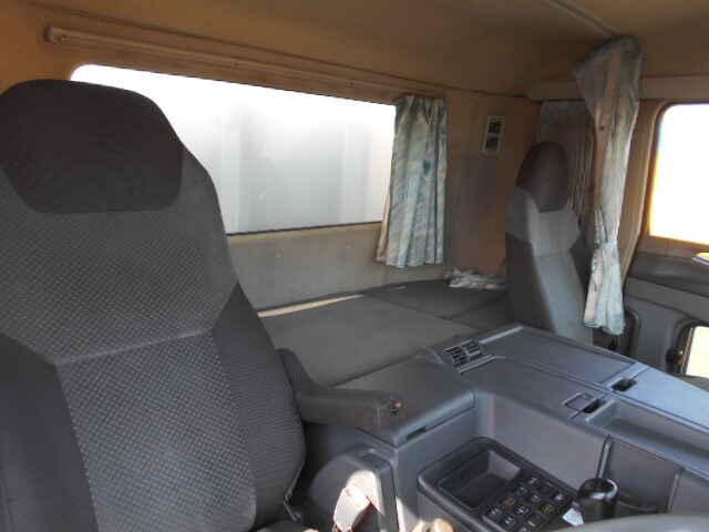 三菱 スーパーグレート 大型 ウイング エアサス ベッド|荷台 床の状態 トラック 画像 トラックサミット掲載