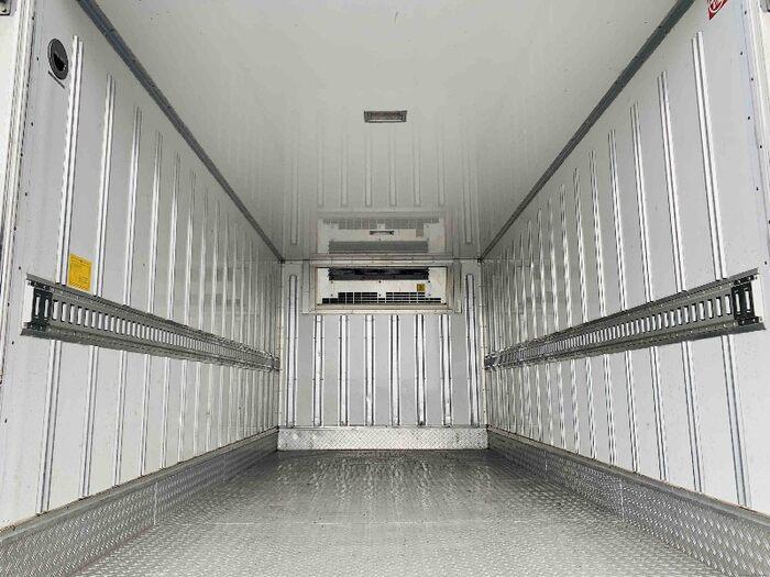いすゞ エルフ 小型 冷凍冷蔵 低温 床アルミ|架装 東プレ トラック 画像 トラックバンク掲載