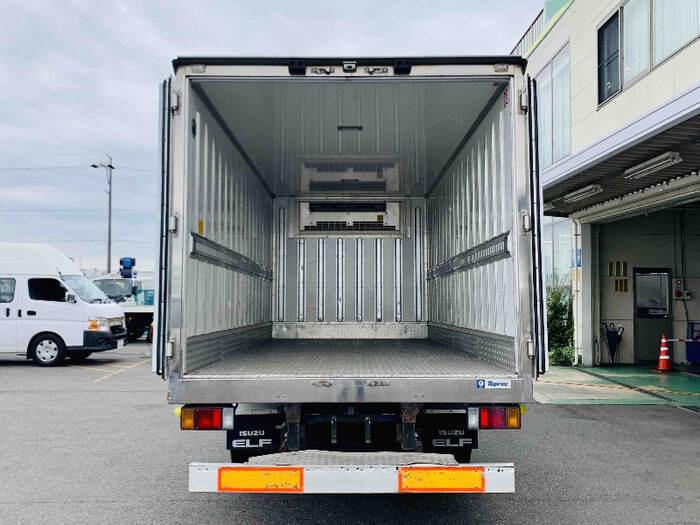 いすゞ エルフ 小型 冷凍冷蔵 低温 床アルミ|フロントガラス トラック 画像 トラック王国掲載