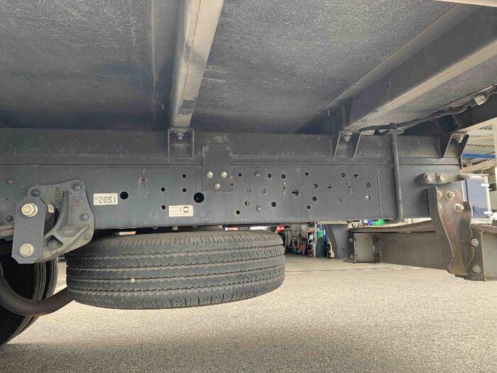 いすゞ エルフ 小型 冷凍冷蔵 低温 床アルミ|リサイクル券 10,540円 トラック 画像 トラック市掲載