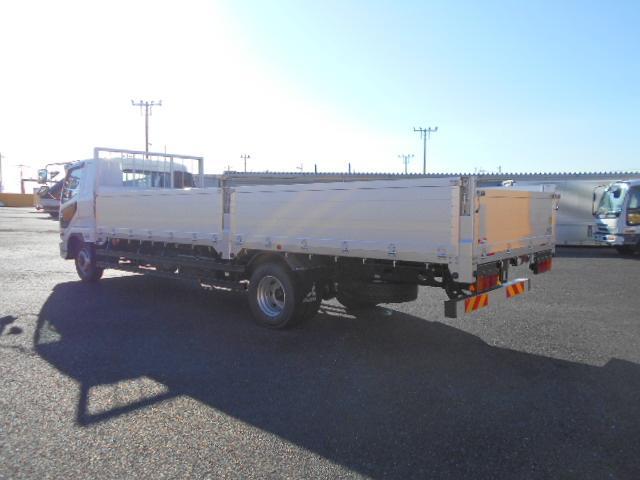 三菱 ファイター 中型 平ボディ 床鉄板 アルミブロック|荷台 床の状態 トラック 画像 トラックサミット掲載