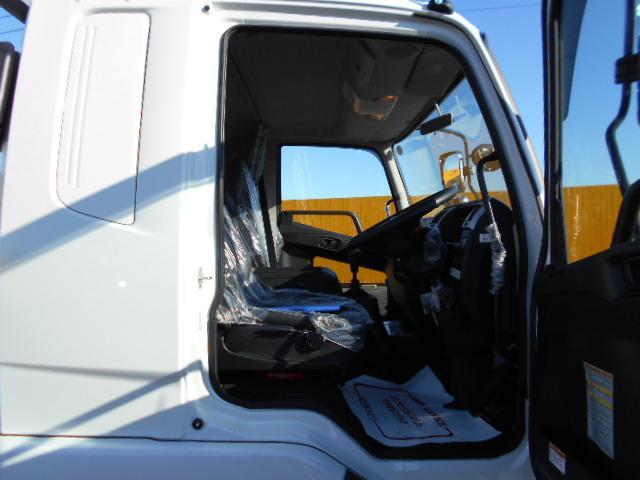 三菱 ファイター 中型 平ボディ 床鉄板 アルミブロック|架装 パブコ トラック 画像 トラックバンク掲載